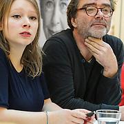 NLD/Amsterdam/20150228 - Feest der Letteren 2015, Bert Wagendorp en dochter Hannah