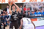 DESCRIZIONE : Trento Lega A 2014-15 <br /> Dolomiti Energia Trento vs Granarolo Bolognaa<br /> GIOCATORE : Fontecchio Simone<br /> CATEGORIA : Tecnica<br /> SQUADRA : Granarolo Bologna<br /> EVENTO : Campionato Lega A 2014-2015 GARA :Dolomiti Energia Trento vs Granarolo Bologna<br /> DATA : 10/05/2015 <br /> SPORT : Pallacanestro <br /> AUTORE : Agenzia Ciamillo-Castoria/IvanMancini<br /> Galleria : Lega Basket A 2014-2015 Fotonotizia : Trento Lega A 2014-15 Dolomiti Energia Trento vs Granarolo Bologna<br /> Predefinita: