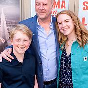 NLD/Amsterdam/20180506 - Première roadmovie musical Selma ann Louis, Diederik Vleuten en kinderen Lizzy en Bobby