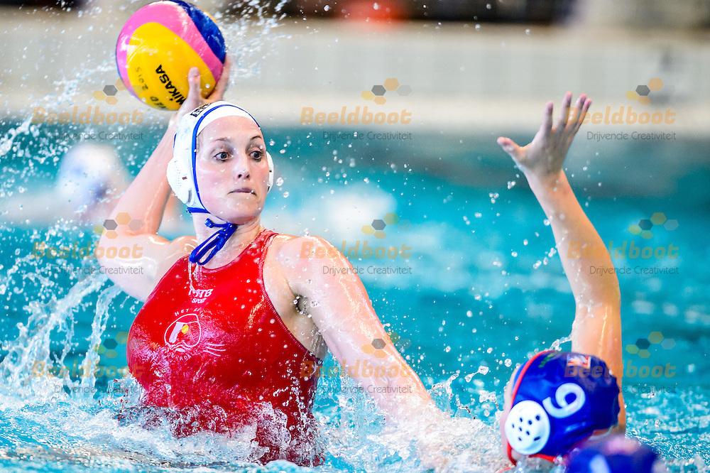 22-03-2015: Waterpolo: ZVL-BAM v Het Ravijn: Amsterdam<br /> <br /> Finale KNZB beker dames seizoen 2014-2015<br /> Yasemin Smit van Het Ravijn
