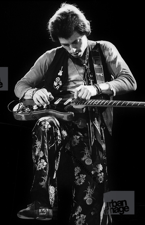 Nis Lofgren live in London 1978
