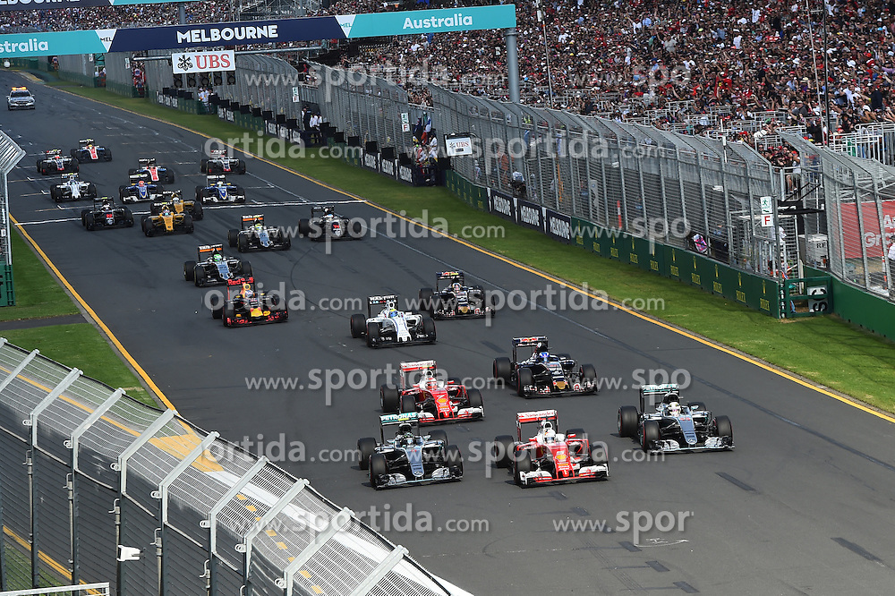 20.03.2016, Albert Park Circuit, Melbourne, AUS, FIA, Formel 1, Grand Prix von Australien, Rennen, im Bild Sebastian Vettel (GER) Ferrari SF16-H leads Nico Rosberg (GER) Mercedes-Benz F1 W07 Hybrid and Lewis Hamilton (GBR) Mercedes-Benz F1 W07 Hybrid at the start of the race // during Race for the FIA Formula One Grand Prix of Australia at the Albert Park Circuit in Melbourne, Australia on 2016/03/20. EXPA Pictures &copy; 2016, PhotoCredit: EXPA/ Sutton Images/ Andre/<br /> <br /> *****ATTENTION - for AUT, SLO, CRO, SRB, BIH, MAZ only*****