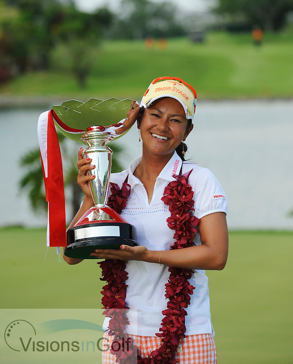Ai Miyazato wins the 2010 HSBC Women's Champions tournament at Tanah Merah Country Club, (Garden), Singapore.<br /> Photo credit:  Gary Kobayashi / www.visionsingolf.com