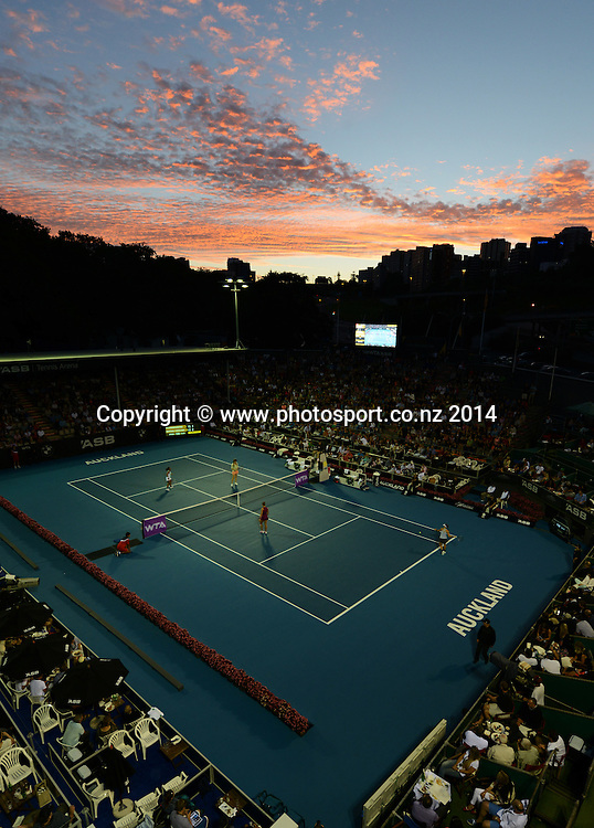 General view of Center Court on day 4 of the ASB Classic Women's International. ASB Tennis Centre, Auckland, New Zealand. Thursday 2 January 2014. Photo: Andrew Cornaga/www.photosport.co.nz