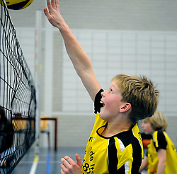 08-01-2011 VOLLEYBAL: ED ROOSEN ZITVOLLEYBALTOERNOOI 2011: LEERSUM<br /> Voller volleyball club organizes for the ninth consecutive time the Ed Roosen sitting volleyball tournament / Youth Volleer vs. mytylschool clinic<br /> ©2011-WWW.FOTOHOOGENDOORN.NL