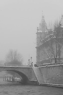 France. Paris. 5th district. bridges on the Seine river. pont saint michel beetween left bank and ile de la cite
