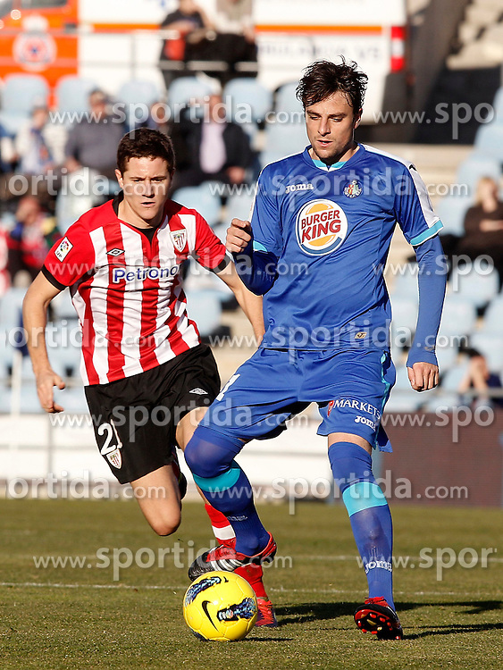08.01.2012, Stadion Coliseum Alfonso Perez, Getafe, ESP, Primera Division, FC Getafe vs Athletic Bilbao, 18. Spieltag, im Bild Getafe's Michel Madera against Athletic de Bilbao's Ander Herrera // during the football match of spanish 'primera divison' league, 18th round, between FC Getafe and Athletic Bilbao at Coliseum Alfonso Perez stadium, Getafe, Spain on 2012/01/08. EXPA Pictures © 2012, PhotoCredit: EXPA/ Alterphotos/ Alvaro Hernandez..***** ATTENTION - OUT OF ESP and SUI *****