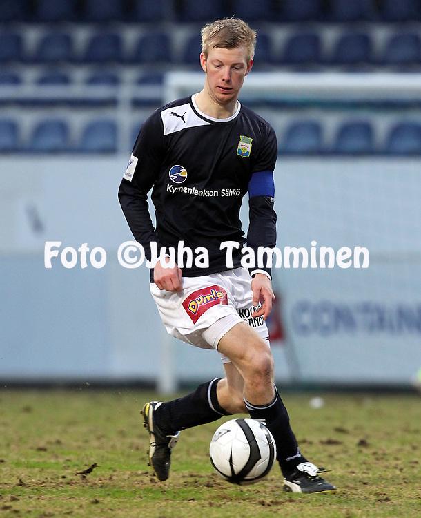26.4.2012, Tehtaan kentt, Valkeakoski..Suomen Cup, 7. kierros: FC Haka - Myllykosken Pallo-47..Antti Koskinen - MYPA