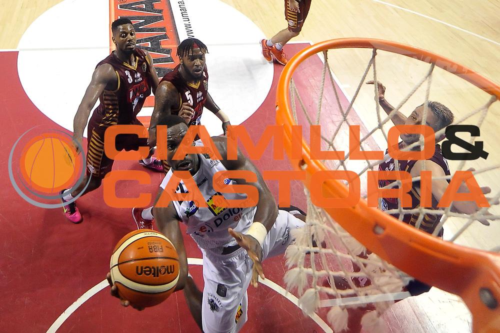 Dustin Hogue<br /> Umana Reyer Venezia - Dolomiti Energia Aquila Basket Trento<br /> Lega Basket Serie A 2016/2017<br /> Playoff, finale gara 5<br /> Venezia, 18/06/2017<br /> Foto M.Ceretti / Ciamillo-Castoria
