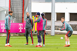 14.03.2019, Säbener Strasse, Muenchen, GER, 1. FBL, FC Bayern Muenchen vs 1. FSV Mainz 05, Training, im Bild v.l. Leon Goretzka (FC Bayern), Torwarttrainer Tom Starke (FC Bayern), Thomas Müller (FC Bayern), Alphonso Davies (FC Bayern), Joshua Kimmich (FC Bayern) // during a trainings session before the German Bundesliga 26th round match between FC Bayern Muenchen and 1. FSV Mainz 05 at the Säbener Strasse in Muenchen, Germany on 2019/03/14. EXPA Pictures © 2019, PhotoCredit: EXPA/ Lukas Huter