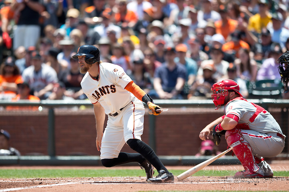SAN FRANCISCO, CA - JULY 12:  Hunter Pence #8 of the San Francisco Giants at bat against the Philadelphia Phillies during the second inning at AT&T Park on July 12, 2015 in San Francisco, California.  The San Francisco Giants defeated the Philadelphia Phillies 4-2. (Photo by Jason O. Watson/Getty Images) *** Local Caption *** Hunter Pence