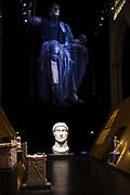 Prins Jaime opent tentoonstelling ROME over Keizer Constantijn  in de Nieuwe Kerk , Amsterdam<br /> <br /> Prince Jaime opens exhibition ROME  about Emperor Constantine in the Nieuwe Kerk, Amsterdam<br /> <br /> Op de foto / On the photo: keizer Constantijn
