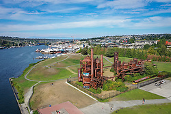 United States, Washington, Seattle, Gas Works Park and Lake Union (aerial view)