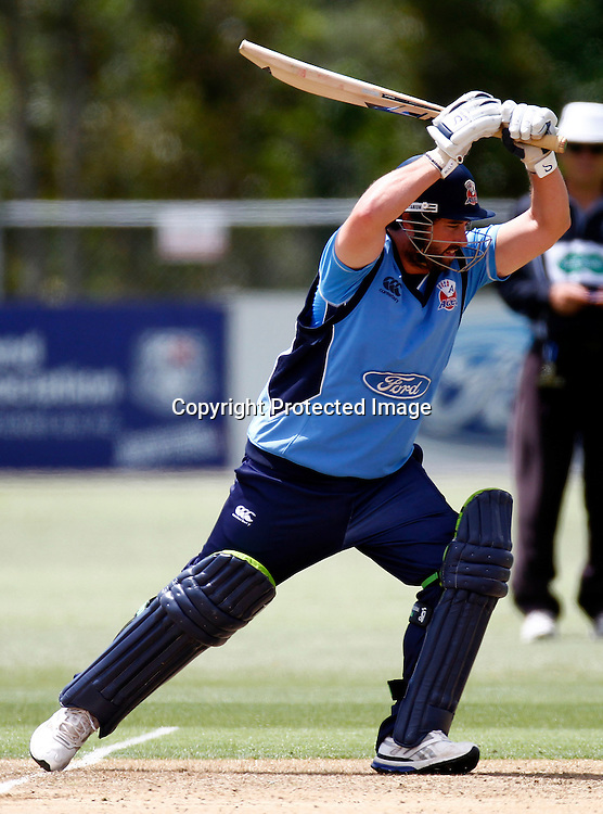 Neal Parlane in action during the Ford Trophy match between the Auckland Aces v Otago Volts. Preliminary Final, Men's domestic 1 day cricket. Colin Maiden Park, New Zealand. Wednesday 8 January 2012. Ella Brockelsby / photosport.co.nz