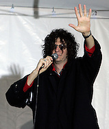 Howard Stern addresses his audience at a rally to celebrate the final broadcast on FM radio in New Yorkspeaks to the crowd durring a rally 16 December 2005.After 21 years on the air and millions of dollars of fines from the FCC, Stern signed a $500 million 5-year deal with the largely unregulated  Sirius satellite radio which begins broadcasts