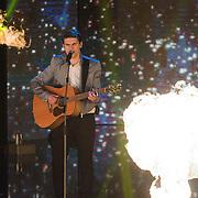 NLD/Hilversum/20130706 - Finale X-Factor 2013, optreden Haris Alagic