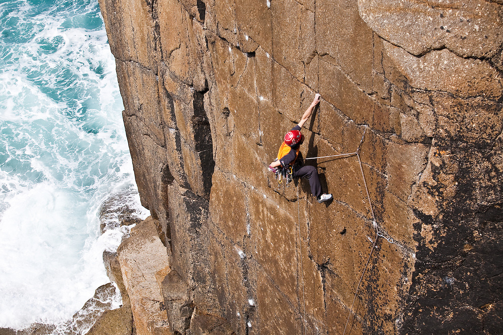 "Toru Nakajima climbing ""Tears of a Clown"" E8 6c at Sennen, Cornwall, England, UK"