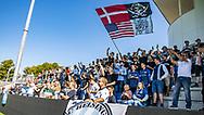 FC Helsingør fans synger under kampen i 2. Division mellem FC Helsingør og Vanløse IF den 24. august 2019 på Helsingør Ny Stadion (Foto: Claus Birch).