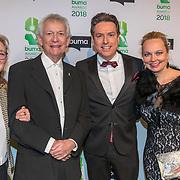 NLD/Amsterdam/20180305 - Uitreiking Buma Awards 2018, Arnold Muhren met zijn gezin