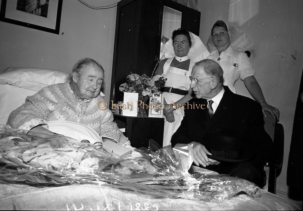 04/08/1967<br /> 08/04/1967<br /> 04 August 1967<br /> President Eamon de Valera visits Senator Margaret Pearse who was celebrating here 89th birthday at the Lyndon Convalescent Home, Blackrock, Co. Dublin.