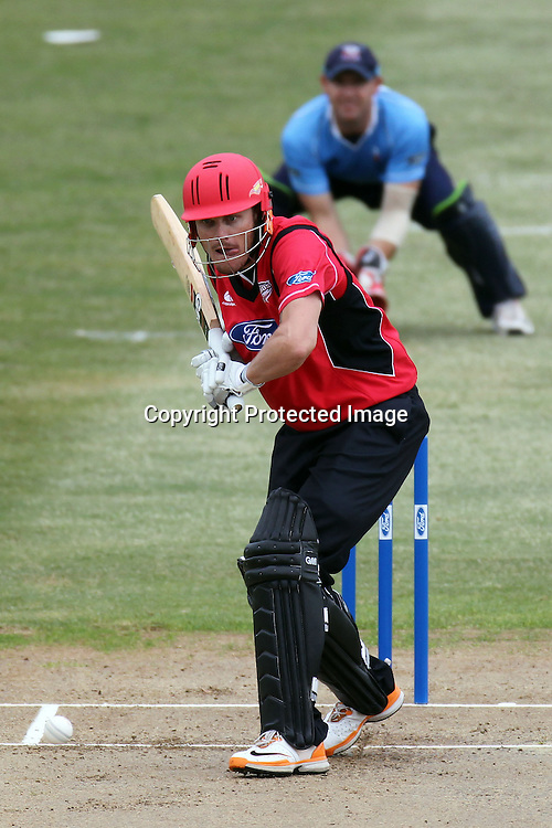 Rob Nicol during the Ford Trophy match between the Auckland Aces and Canterbury Wizards. Men's domestic one day cricket. Colin Maiden Park, Auckland, New Zealand. Wednesday 14 December 2011. Ella Brockelsby / photosport.co.nz