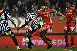 December 1, 2017 - France - CHARLEROI, BELGIUM - DECEMBER 1 : Matias Nurio Fortuna defender of Sporting Charleroi, Aleksandar Bjelica defender of KV Oostende (Credit Image: © Panoramic via ZUMA Press)