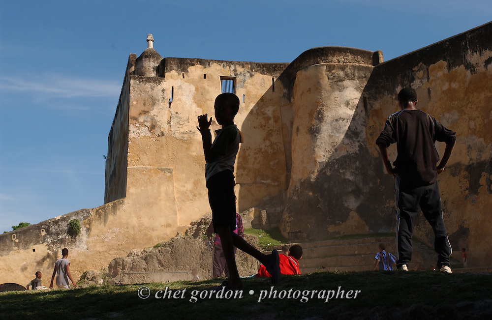 Kenyan children on the grounds of Fort Jesus in the Old Town neighborhood of Mombasa, Kenya on Friday, April 14, 2006.