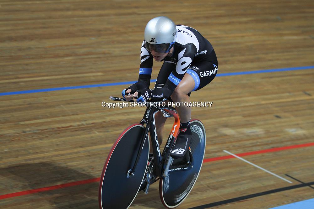 Iris Slappendel NK baanwielrennen 2011 Apeldoorn Achtervolging