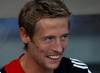 Photo: Maarten Straetemans.<br /> Feyenoord v Liverpool. Rotterdam Tournament. 05/08/2007.<br /> Peter Crouch on the bench