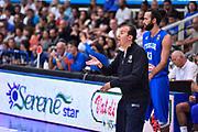 DESCRIZIONE : Trento Nazionale Italia Uomini Trentino Basket Cup Italia Austria Italy Austria <br /> GIOCATORE : Simone Pianigiani<br /> CATEGORIA : Allenatore Coach Mani <br /> SQUADRA : Italia Italy<br /> EVENTO : Trentino Basket Cup<br /> GARA : Italia Austria Italy Austria<br /> DATA : 31/07/2015<br /> SPORT : Pallacanestro<br /> AUTORE : Agenzia Ciamillo-Castoria/GiulioCiamillo<br /> Galleria : FIP Nazionali 2015<br /> Fotonotizia : Trento Nazionale Italia Uomini Trentino Basket Cup Italia Austria Italy Austria