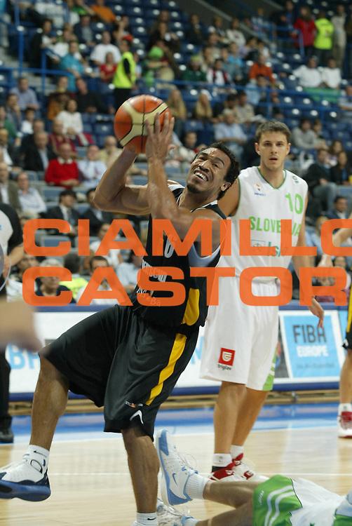 DESCRIZIONE : Belgrado Belgrade Eurobasket Men 2005 Germania Slovenia<br /> GIOCATORE : Greene<br /> SQUADRA : Germania Germany<br /> EVENTO : Eurobasket Men 2005 Campionati Europei Uomini 2005<br /> GARA : Germania Slovenia Germany Slovenia<br /> DATA : 23/09/2005<br /> CATEGORIA :<br /> SPORT : Pallacanestro<br /> AUTORE : Ciamillo&amp;Castoria/Fiba Europe Pool