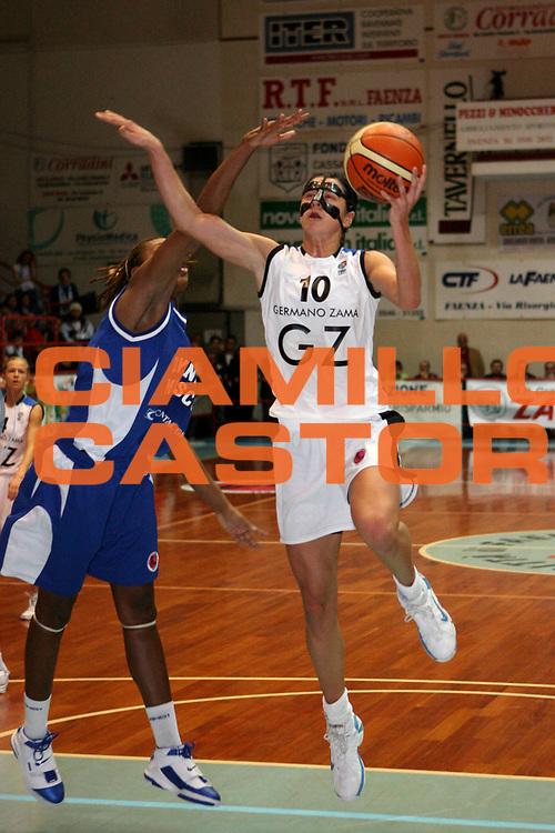 DESCRIZIONE : Faenza Fiba Eurocup Women 2006-07 Finale Germano Zama Faenza Dynamo Mosca <br /> GIOCATORE : Jokic<br /> SQUADRA : Germano Zama Faenza <br /> EVENTO : Fiba Eurocup Women Finale 2006-2007<br /> GARA : Germano Zama Faenza Dynamo Mosca <br /> DATA : 04/04/2007 <br /> CATEGORIA : Tiro <br /> SPORT : Pallacanestro<br /> AUTORE : Agenzia Ciamillo-Castoria/M.Marchi<br /> Galleria : Fiba Eurocup 2006-2007 <br /> Fotonotizia : Faenza Fiba Eurocup Women 2006-2007 Finale Germano Zama Faenza Dynamo Mosca <br /> Predefinita :