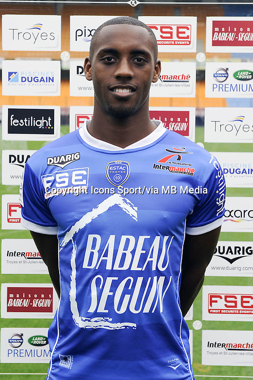 Lionel CAROLE - 11.09.2013 - Photo Officielle - Troyes<br /> Photo : Icon Sport