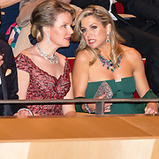 NLD/Amsterdam/20161129 - Staatsbezoek dag 2, contraprestatie Belgische koningspaar, Koningin Mathilde, Koningin Maxima