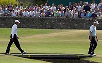 Golf<br /> Foto: SBI/Digitalsport<br /> NORWAY ONLY<br /> <br /> 2005 Open Championship, St. Andrews.<br /> Saturday 16/07/2005<br /> <br /> Tiger Woods follows Chris Montgomery across the Swilken Bridge