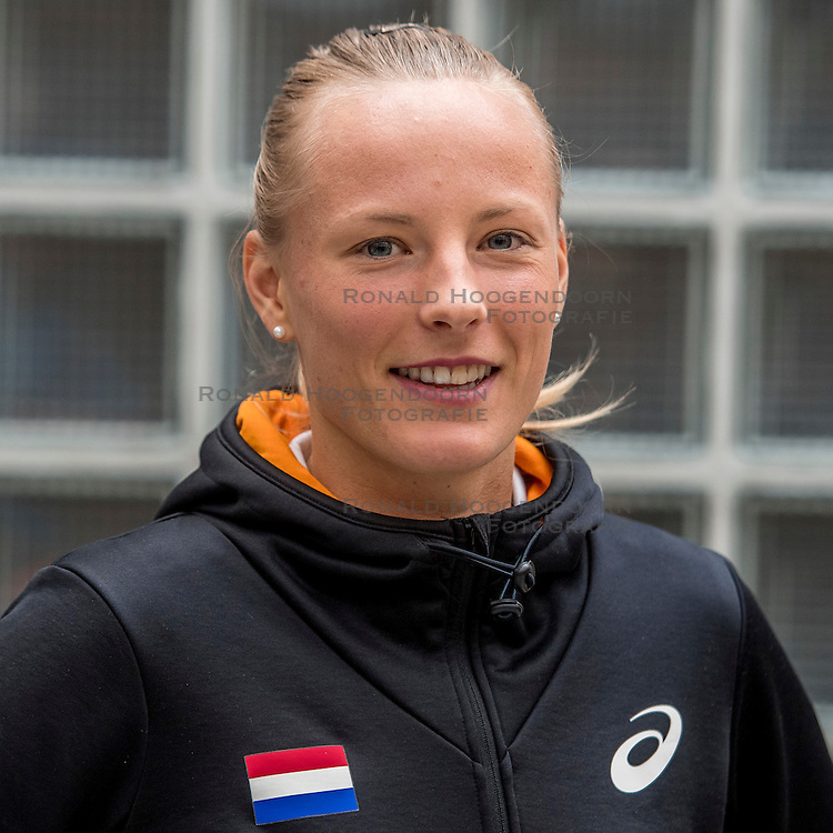 22-03-2017 NED: Teampresentatie EK Atletiek Indoor, Arnhem<br /> Sharona Bakker tijdens de teampresentatie van het atletiek EK indoor op Papendal.