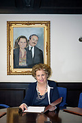 Palermo:Maria Falcone nella sede della fondazione Giovanni Falcone accanto il ritratto del fratello con la moglie Francesca Morvillo.<br />