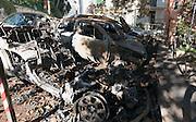 Ausgebrannte Autowracks, Altstadt, Sanremo, Riviera, Ligurien, Italien | Burnt car wrecks, Old Town, Sanremo, Riviera, Liguria, Italy