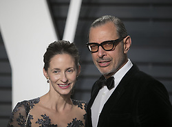 February 26, 2017 - Beverly Hills, California, U.S - Jeff Goldblum & Emilie Livingston on the red carpet at the 2017 Vanity Fair Oscar Party held at the Wallis Annenberg Center in Beverly Hills, California, Sunday February 26, 2017. (Credit Image: © Prensa Internacional via ZUMA Wire)