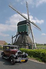 Bleskensgraaf, molens, Netherlands