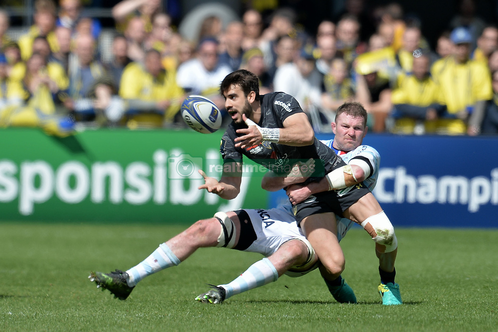 April 1, 2018 - Clermont Ferrand - Stade Marcel, France - Patricio Fernandez (asm) vs Donnacha Ryan  (Credit Image: © Panoramic via ZUMA Press)
