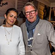 NLD/Amsterdam//20170420 - Premiere Slippers, Ursul de Geer en partner Jolanda