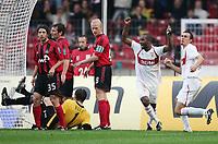 Fotball<br /> Bundesliga Tyskland 2004/2005<br /> 25.09.2004<br /> Foto: Witters/Digitalsport<br /> NORWAY ONLY<br /> <br /> 2:0 Tor Diego Placente, Paul Freier, Torwart Jörg Butt, Carsten Ramelow, Jubel Cacau, Martin Stranzl<br /> Bundesliga VfB Stuttgart - Bayer 04 Leverkusen