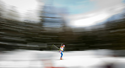 "22.01.2012, Südtirol Arena, Antholz, ITA, E.ON IBU Weltcup, 6. Biathlon, Antholz, Staffel Herren, im Bild Feature Biathlon, Wischer eines Läufers, Mitzieher // Feature biathlon, wiper of a runner, panning during Men Relay n E.ON IBU World Cup 6th, ""Southtyrol Arena"", Antholz-Anterselva, Italy on 2012/01/22, EXPA Pictures © 2012, PhotoCredit: EXPA/ Juergen Feichter"