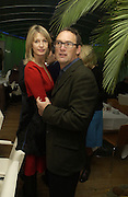 Nicola Fornby and A.A. Gill. Launch dinner for Island Beauty by India Hicks hosted by Charles Finch and Harvey Nichols Fifth Floor Restaurant. London. .  14  November 2005 . ONE TIME USE ONLY - DO NOT ARCHIVE © Copyright Photograph by Dafydd Jones 66 Stockwell Park Rd. London SW9 0DA Tel 020 7733 0108 www.dafjones.com