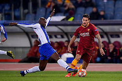 12.02.2019, Stadio Olimpico, Rom, ITA, UEFA CL, AS Roma vs FC Porto, Achtelfinale, Hinspiel, im Bild Lorenzo Pellegrini, Danilo // Lorenzo Pellegrini, Danilo during the UEFA Champions League round of 16, 1st leg match between AS Roma and FC Porto at the Stadio Olimpico in Rom, Italy on 2019/02/12. EXPA Pictures © 2019, PhotoCredit: EXPA/ laPresse/ Fabio Rossi/AS Roma<br /> LaP<br /> <br /> *****ATTENTION - for AUT, SUI, CRO, SLO only*****