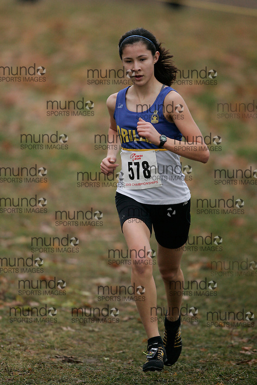 King City, Ontario ---09-11-15--- Jennifer Jackson of the orillia legion athletic club competes at the Athletics Ontario Cross Country Championships in King City, Ontario, November 16, 2009..GEOFF ROBINS Mundo Sport Images