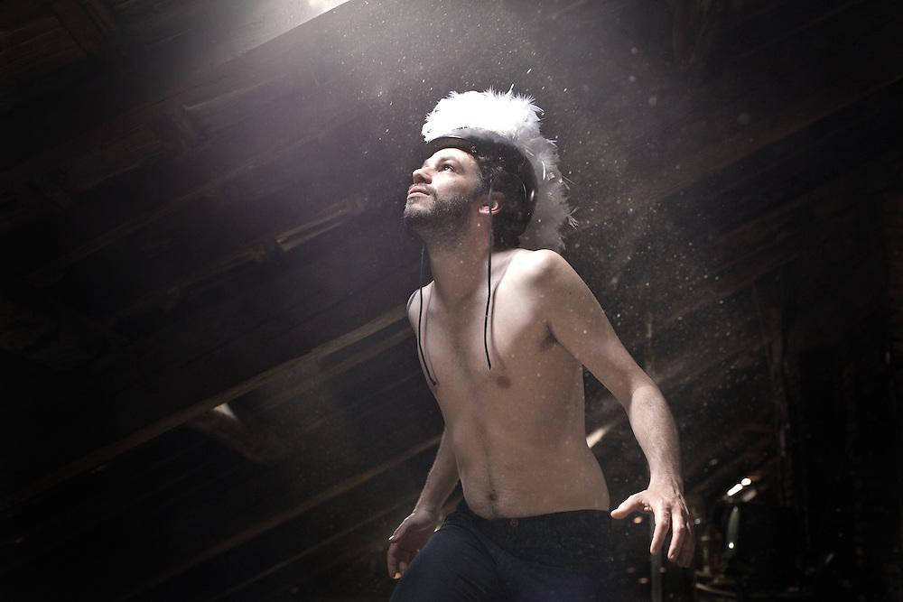 Niccolò Lavelli, Italian songwriter, 2013