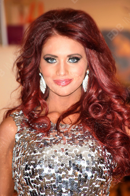 01.DECEMBER.2012. BASILDON<br /> <br /> AMY CHILDS AT THE LAUNCH OF HER NEW POP-UP BOUTIQUE IN BASILDON, ESSEX.<br /> <br /> BYLINE: EDBIMAGEARCHIVE.CO.UK<br /> <br /> *THIS IMAGE IS STRICTLY FOR UK NEWSPAPERS AND MAGAZINES ONLY*<br /> *FOR WORLD WIDE SALES AND WEB USE PLEASE CONTACT EDBIMAGEARCHIVE - 0208 954 5968*