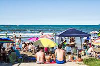 Meia Praia. Itapema, Santa Catarina, Brasil. / Meia Praia Beach. Itapema, Santa Catarina, Brazil.